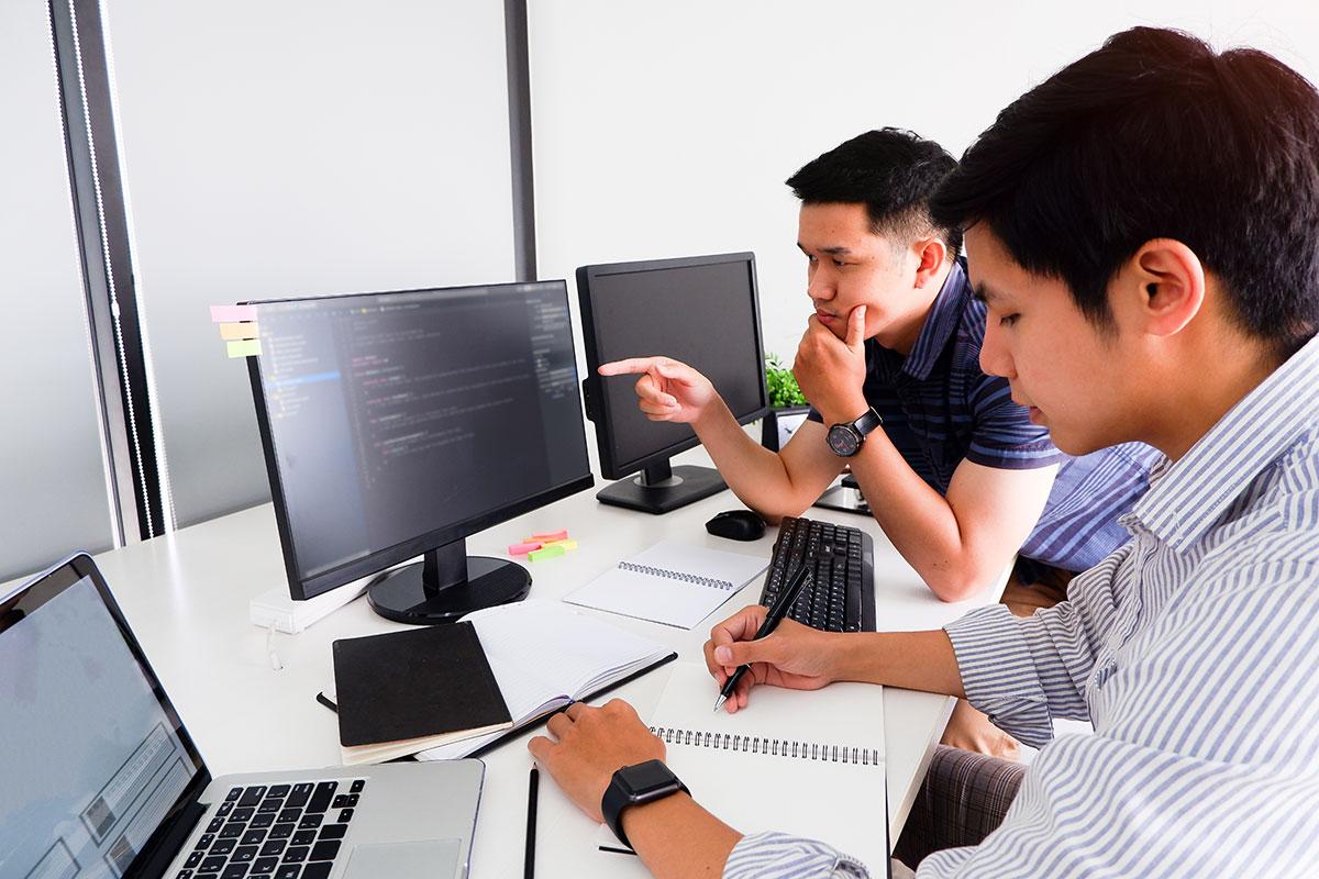 採用前に知っておくべき外国人ITエンジニア採用のメリット・デメリット・採用ポイントを解説